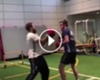 ¡Qué boxeador! Bale se calzó los guantes y noqueó a su rival ►