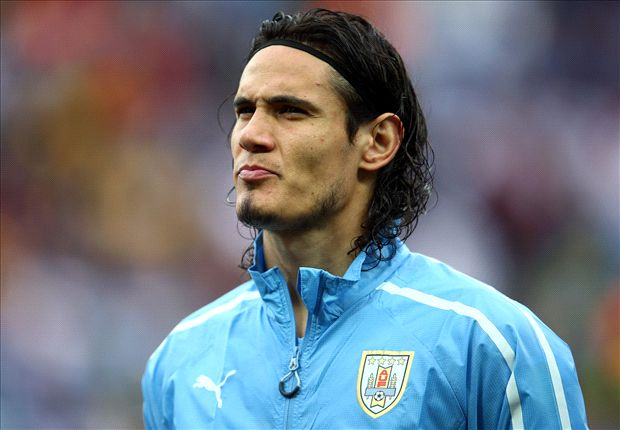 Cavani rules out Manchester United move: I'm staying at Paris Saint-Germain