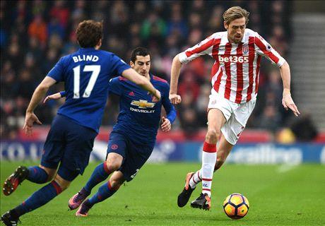 LIVE: Stoke City vs Manchester United