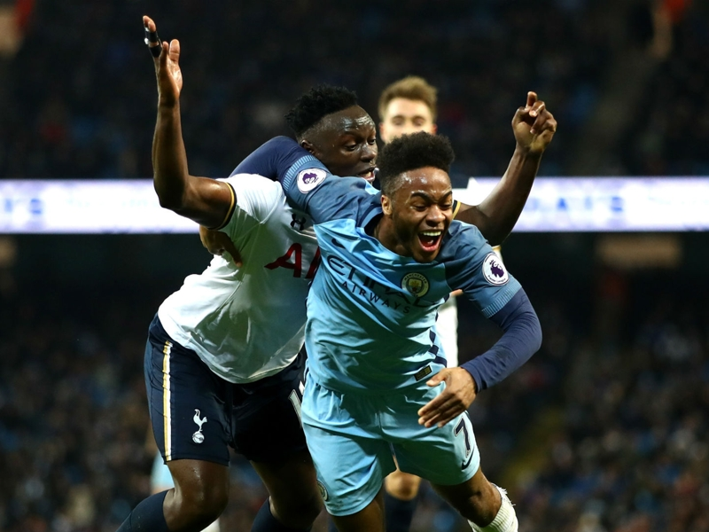 """Manchester City, Yaya Touré : """"Sterling aurait dû plonger"""""""