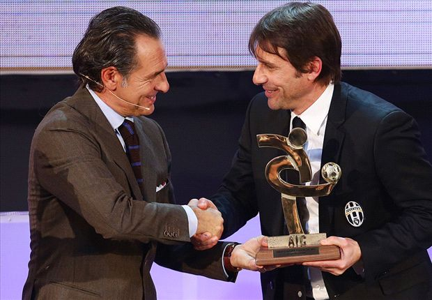 Conte would be a nice gift for Italy - Tavecchio
