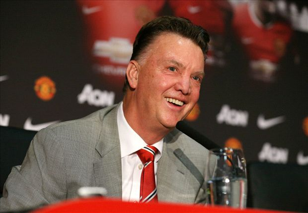 Van Gaal hails Rooney but plays down first trophy win