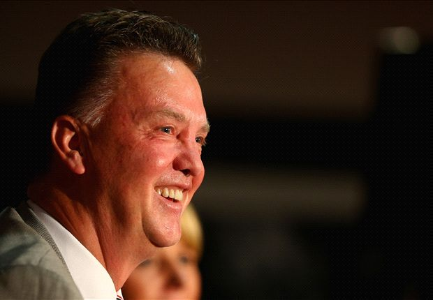 Van Gaal's message to Manchester United fans: Win or lose, get behind us