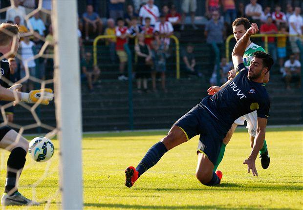 Hasselt 0-6 Southampton: Pelle bags double on debut
