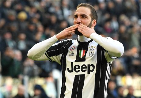 Red-hot Higuain emulates Trezeguet