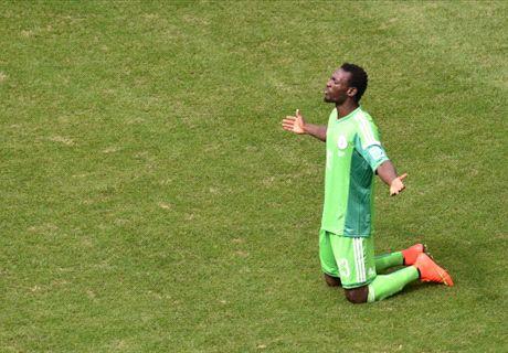 Hearts move delights Juwon Oshaniwa