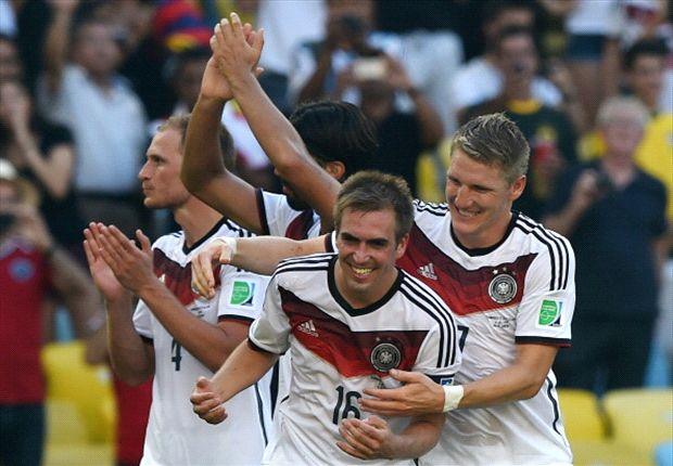 Schweinsteiger 'the logical successor' to Lahm as Germany captain, says Beckenbauer
