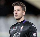 Liverpool move for Valdes stalls
