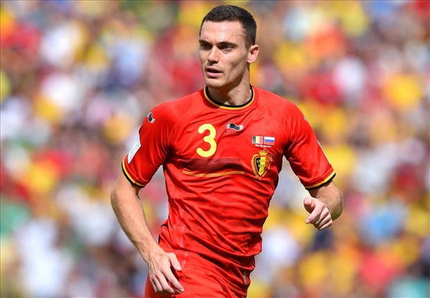 Manchester United still lead Vermaelen chase despite Barcelona interest