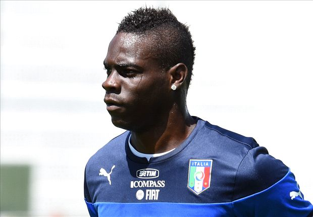 Liverpool 'categorically' not signing Balotelli, declares Rodgers