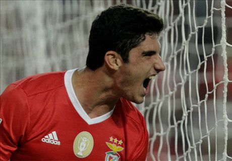 Man Utd miss out on 'new Ronaldo' Guedes
