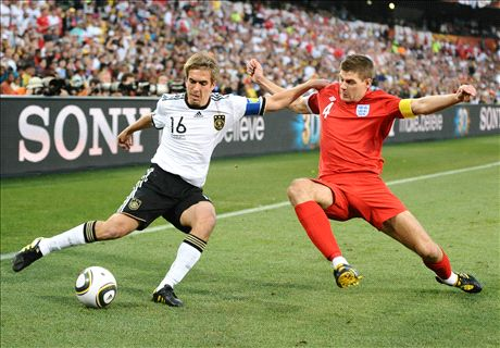 'Leaders' - Tributes to Lahm & Gerrard