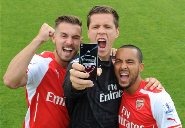 Dial the Clock End with Huawei's new Arsenal phone