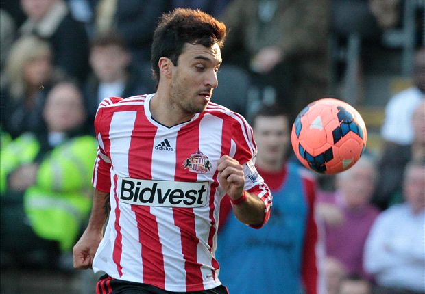 Sunderland forward Scocco joins Newell's