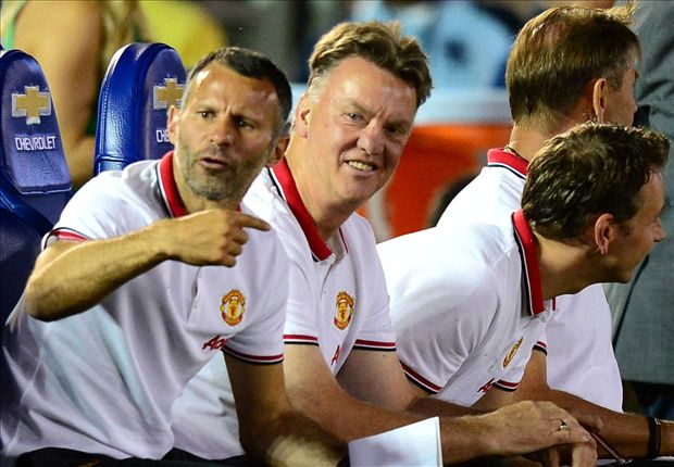 Van Gaal: 3-5-2 system gives Manchester United flexibility