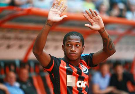 Fred replaces Romulo for Brazil