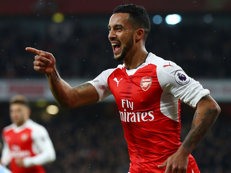 Walcott inscrit son 100e but avec Arsenal