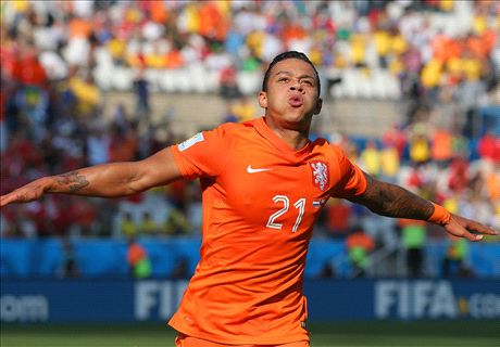 Depay signs new PSV deal