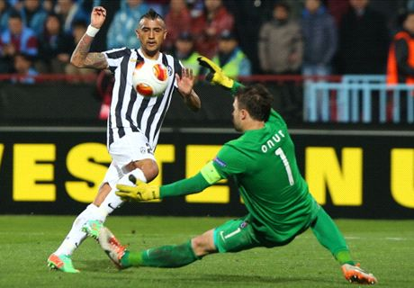 Transfer Talk: United back on Vidal hunt