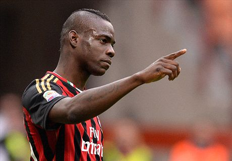Balotelli says goodbye to Milan
