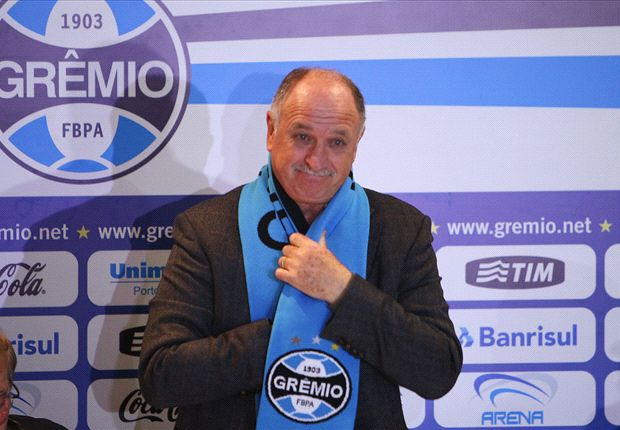 'I need a hug' - Scolari relieved to return to Gremio