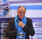 'I need a hug' - Scolari returns to Gremio