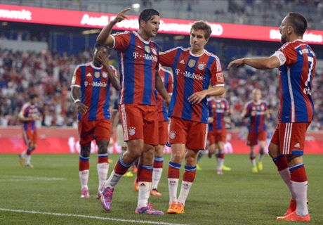 Pizarro scores as Bayern edges Guadalajara