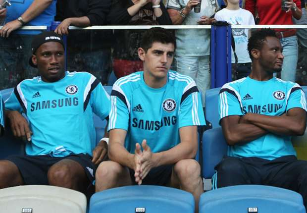 Courteous Chelsea players welcome Courtois