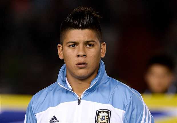 Manchester United make move for Rojo