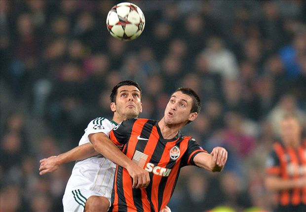 Newcastle close in on Ferreyra