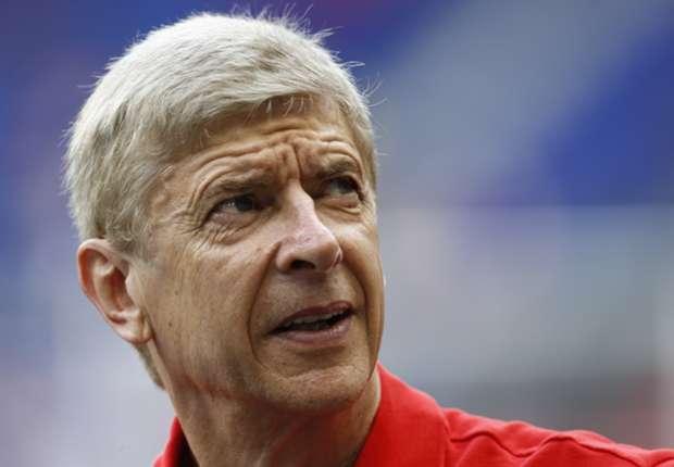 Arsene Wenger ironiza sobre el 'Fair Play' financiero y el Manchester City