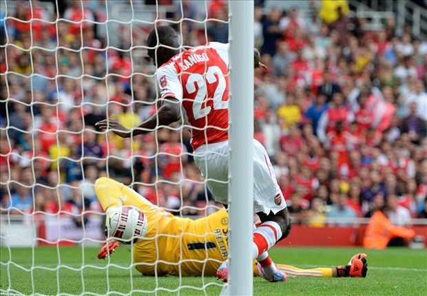 Arsenal 5-1 Benfica: Sanogo nets four as Alexis makes Gunners debut
