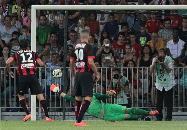 Nice 1-1 Barcelona: Xavi penalty ensures spoils are shared