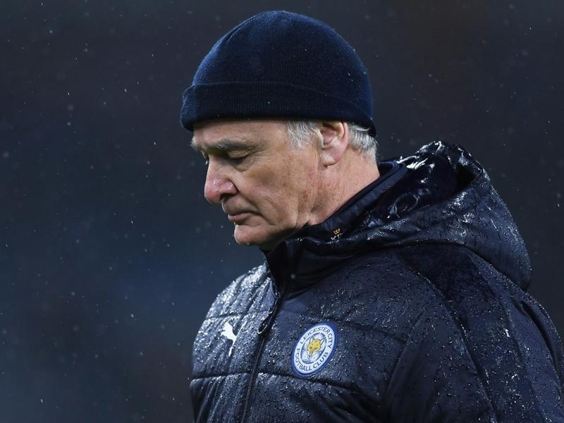 Quand Twitter compatit avec Ranieri après son limogeage de Leicester