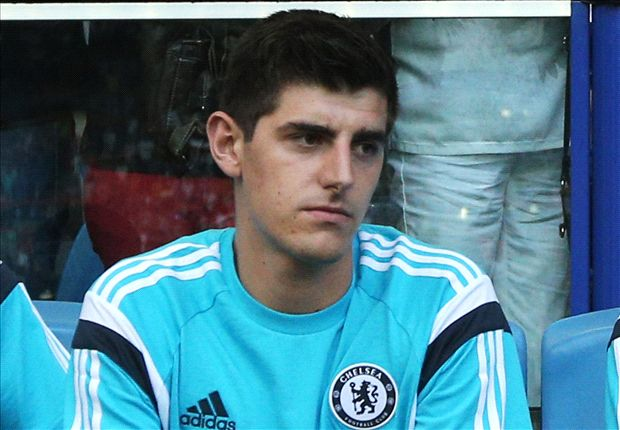 TEAM NEWS: Courtois preferred to Cech as Fabregas and Diego Costa make Chelsea debuts