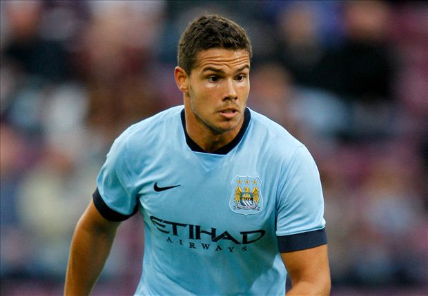 Official: Sunderland sign Rodwell from Manchester City