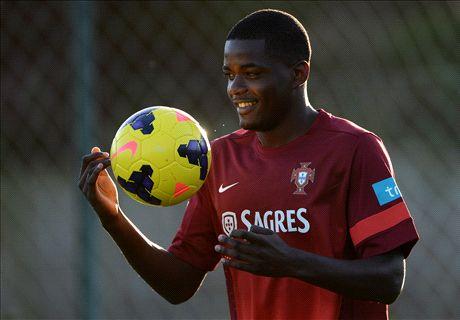 Arsenal's £20m Carvalho bid rejected