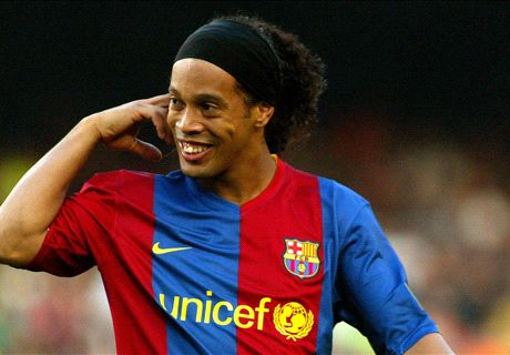 Becks snub lead Barca to Ronaldinho
