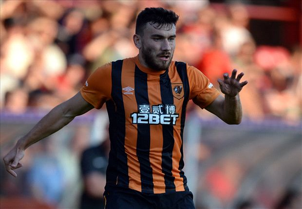 Hull City new boy Snodgrass out for six months