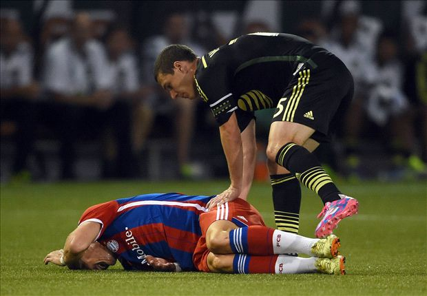 Schweinsteiger injury not serious, say Bayern