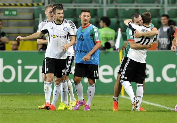 Legia Warsaw faces UEFA probe after Champions League clash