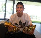 James receives World Cup Golden Boot