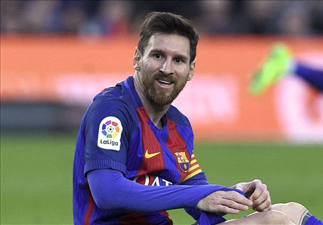 Messi breaks Barcelona free kick record