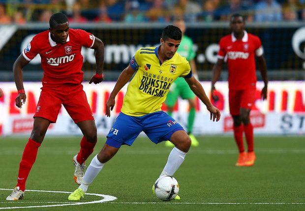 Mokhtar redt punt voor zwak Twente