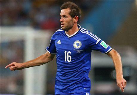 Italy don't play nice football - Lulic