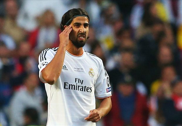 Ancelotti confirms Arsenal target Khedira will stay at Madrid