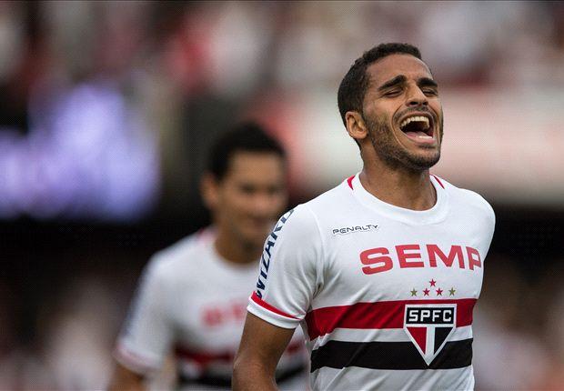 Barcelona estaría negociando por Douglas Pereira
