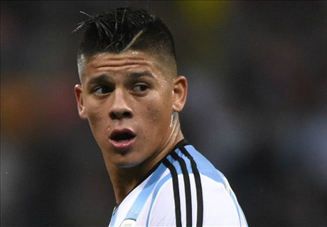 Official: Rojo completes Man United move