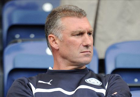 Pearson brushes off sack talk