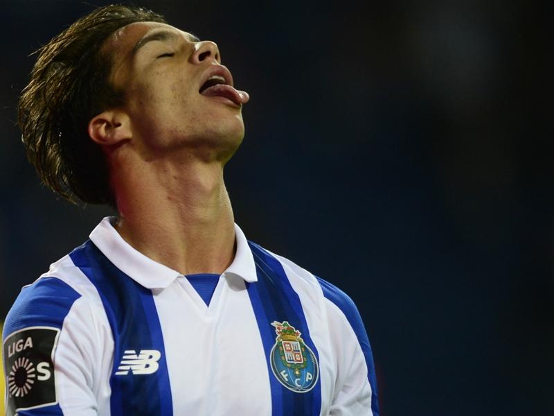 OFFICIEL - Oliver Torres nouveau joueur du FC Porto